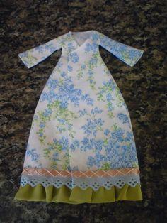 molde do vestido e pap da tilda e do vestido aqui http://blogivarosk.blogspot.com.br/2013_01_01_archive.html