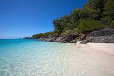 Whitehaven Beach, Whitsunday Islands National Park, Queensland, Australia ✯ ωнιмѕу ѕαη∂у