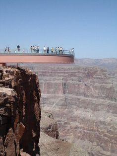 Skywalk, plataforma de cristal sobre el Gran Cañón en Arizona - Estados Unidos