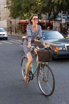 So summery. Classic nautical stripes. And... a mixte bike.