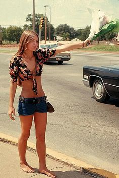 What's  your take on hitchhiking? We would hitchhike quite often to the beach....#roadtrip #Dangerous
