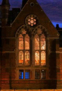 The old library at Queen's University Belfast early on an October morning. Queen's University, Old Libraries, Belfast, Northern Ireland, Windows And Doors, My World, Gates, Big Ben, Queens