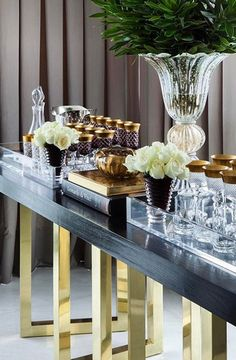 Decorating Small Spaces, Interior Decorating, Bandeja Bar, Home Bar Decor, Fireplace Mirror, Global Design, Design Design, Fancy Houses, Diy Tv