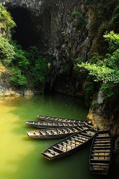 Limestone cave, Qingyuan, China