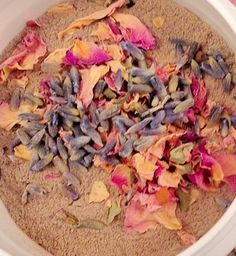 New to HannaHerbalFarms on Etsy: Lavender and Rose Rhassoul Clay Mask - combination skin - oily skin - spa - clay mask - dried  lavender - dried rose - acne relief (7.99 USD)