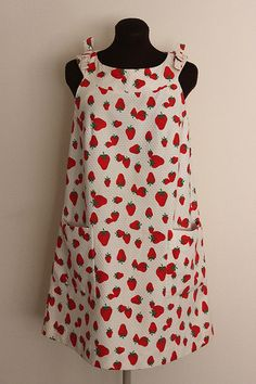 vintage strawberry dress.  I need this fabric for my apron.