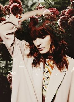 Florence Welch .. I want her hair so bad !