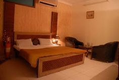 Enjoy the living in the luxurious rooms of Hotel RoyalInn, the renowned Hotel in Chandigarh with best services!!