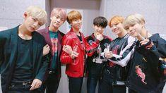 [BTS Official Trans Tweet] ❤ [#오늘의방탄] 상암 DMC 뮤직 웨이브 인 서울 무대에서 방탄소년단 입니다 / We are BTS, who were on the Sangam DMC Music Wave in Seoul stage #BTS #방탄소년단