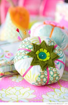 pin cushions that I must make