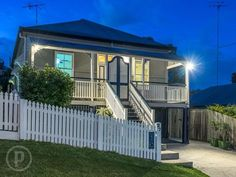Front Stairs, Queenslander, West End, House Front, Dream Houses, Facades, My Dream Home, Property For Sale, Ideal Home