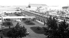 Aeroporto de Congonhas (CGH), zona sul de São Paulo, nos anos 50. População observava os pousos e decolagens.
