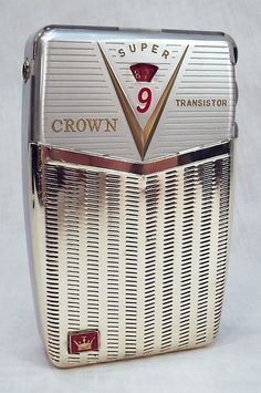 early transistor radio, 'Crown Super 9'