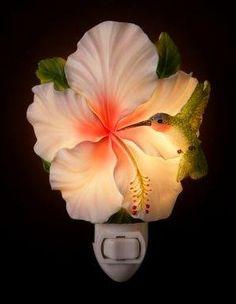 ...hibiscus and hummingbird night light...