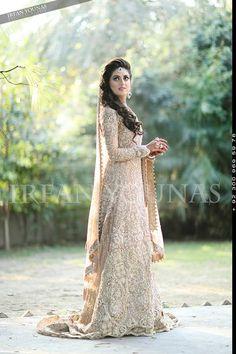 Skin Bridal Dress for Those Think beyond Red – Designers Outfits Collection Indian Bridal Wear, Asian Bridal, Pakistani Wedding Dresses, Indian Dresses, Indian Outfits, Pakistan Bride, Walima Dress, Asian Wedding Dress, Kaftan