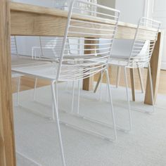 Hay Hee chairs https://www.livingdesign.be/nl/producten/meubelen/stoelen/hee-dining-chair-hay-heediningwit