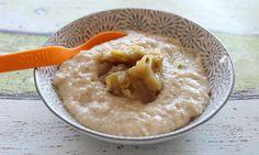 Grießbrei kennen viele Eltern selbst noch aus ihrer Kindheit. Der Grießbrei mit Apfelmus enthält Vollkorngrieß und wird so zu einer gesunden Abendmahlzeit.