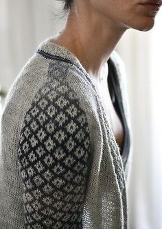 Absolutely beautiful handknit sweater - take a look at it on Ravelry Ropa Free People, Estilo Hippie, Look Plus, Fair Isle Knitting, Pulls, Knitting Projects, Look Fashion, Knitted Hats, Knitting Patterns