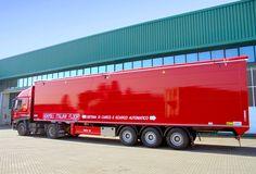 Buona serata a tutti con un nostro #semirimorchio rosso fiammante 🔥  #Adamoli #AdamoliItlianFloor #Pianomobile #PM #PMsumisura #4D4M0L1 #walkingfloor #movingfloor #madeinitaly #mechanics #camion #trucks #passion #logistica #redpassion #❤️