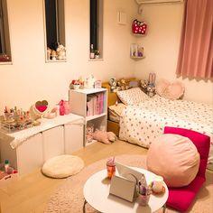 Overview/IKEA/雑貨/ディズニー/Francfranc/ニトリ...などのインテリア実例 - 2018-01-06 10:56:32 Small Room Interior, Small Room Bedroom, Bedroom Decor, Korean Bedroom Ideas, Decoracion Habitacion Ideas, Pastel Room, Cute Room Ideas, Minimalist Room, Aesthetic Room Decor