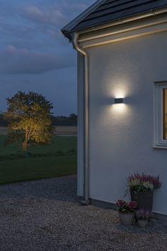 Wandlamp Philips Outdoor MyGarden Yarrow 172963016   Philips MyGarden  Outdoor   Lamp123.nl | Buitenverlichting Wandlampen | Pinterest