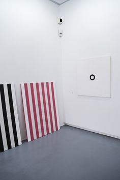 Collection Lambert Olivier Mosset https://culturepassport.co/2016/collection-lambert-avignon/ #avignon #france #art #artcollection
