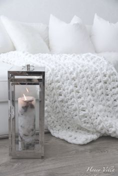 Marble candle and DIY crochet throw blanket