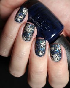 Matte Snowflakes at Night - navy and gold winter nail art design  |  Sassy Shelly