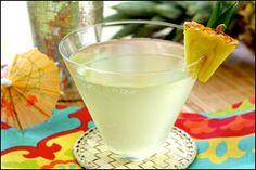 Low-Calorie Summer Drink Recipes, Virgin Mojito Lemonade, Pineapple Martini | Hungry Girl