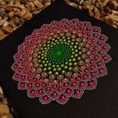 Mandala Design, Mandala Art, Mandala Canvas, Mandala Rocks, Mandala Drawing, Mandala Painting, Christmas Mandala, Dot Art Painting, Crayon Art