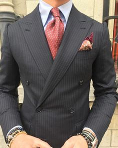 Wedding Suits men suits grey -- CLICK Visit link above to read Best Suits For Men, Cool Suits, Suit Styles For Men, Mens Fashion Suits, Mens Suits, Fashion Menswear, Suit Combinations, Trunks Underwear, Shirt Tucked In