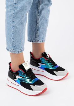 Sneakers cu platforma Skate Negri Skate, Sneakers, Shoes, Fashion, Tennis, Trainers, Moda, Shoes Outlet, Fashion Styles