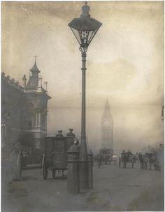Old London photos) Victorian London, Vintage London, Old London, Victorian Fashion, London 1800, London City, Victorian History, Victorian Street, London Night