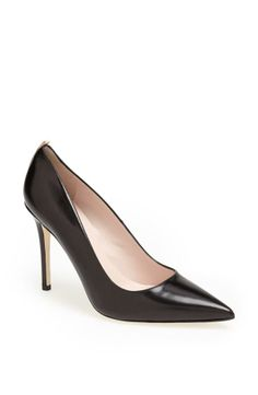 """""""Fawn is the classic pump, and in black leather it's very New York. The perfect shoe for a perfect dinner out."""" - SJP  