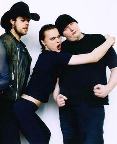 HIM. Ville Valo in middle. Marry me, Ville? XD. *drool*. ♥♥♥. #ville valo #HIM