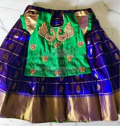 New Fashion Girl Model Children Ideas Kids Party Wear Dresses, Kids Dress Wear, Dresses Kids Girl, Kids Outfits, Kids Wear, Kids Indian Wear, Kids Ethnic Wear, Kids Blouse Designs, Kids Dress Patterns