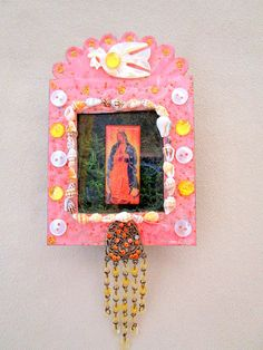 size (5 x 3.5 x 1 )    This beautiful nicho-shrine features  divine Mother Mary with hands in prayer  for inner peace....she is cloaked in a