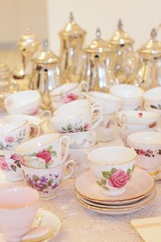 .inspiring & almost as pretty as the little ones who will come for tea