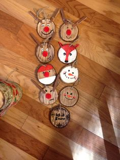 Wood slices ornaments Christmas fox reindeer Santa snowman snow
