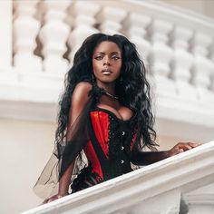 Gothic and Amazing Ebony Beauty, Dark Beauty, Gothic Beauty, Gothic Fashion, Fashion Beauty, Fall Fashion Outfits, Beautiful Black Women, Alternative Fashion, Black Girls