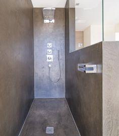 Terreno Designspachtel als fugenlose Dusche. Ausgeführt von Christian Micheluzzi, Hard, Österreich