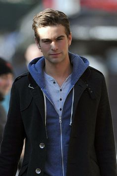 "Chace Crawford Photos: Ed Westwick Walks to the Set of ""Gossip Girl"""