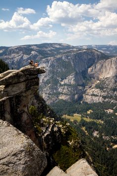 View from Glacier Point hike in Yosemite National Park