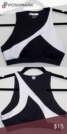 44625307ce Forever 21 Colorblock Sports Bra Athletic Crop Top Forever 21 Colorblock  Sports Bra Size Medium NWOT