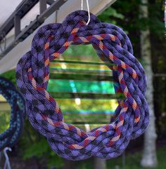 Refracting, reflecting and see through. Di-polarized glass that changes on your angle. Frame woven from recycled rock climbing rope. Rock Climbing Rope, Rope Art, Rope Crafts, Lazy, Knots, Mirror, Deco, Frame, Handmade