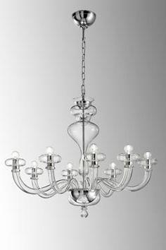 Lustre Bohème 8 lumières en verre transparent Design contemporain, entièrement réalisé à la main - Leucos - Lustre #vraimentbeau #murano #blownglass #designlight #leucos #muranoglass#luxurydesign #chandelier