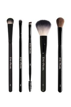 Eve Pearl Cosmetics Brushes Full Set is 50%- 75% off!!! Going Fast!!! www.hautelook.com/short/3BwjC