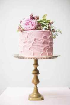 on a cake, pink cake, hochzeitskuchen Gorgeous Cakes, Pretty Cakes, Amazing Cakes, Single Layer Cakes, One Layer Cakes, Single Tier Cake, Naked Cakes, Gateaux Cake, Wedding Cake Inspiration