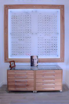 Optique | Showroom JCDA Agencement de magasin Optique Chatel (17) - présentoir…