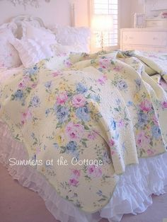 COTTAGE CHIC SUMMER YELLOW PINK ROSES BLUE FLOWERS FULL QUEEN QUILT SET